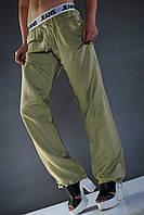 Стильные бежевые штаны