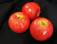 Яблоки красные - муляжи фруктов (20/16) (цена за 1 шт. +4 грн.) , фото 1