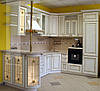Кухни с фасадами из натурального дерева Киев