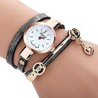 Женские наручные часы-браслет кварцевые Duoya в виде браслета черные