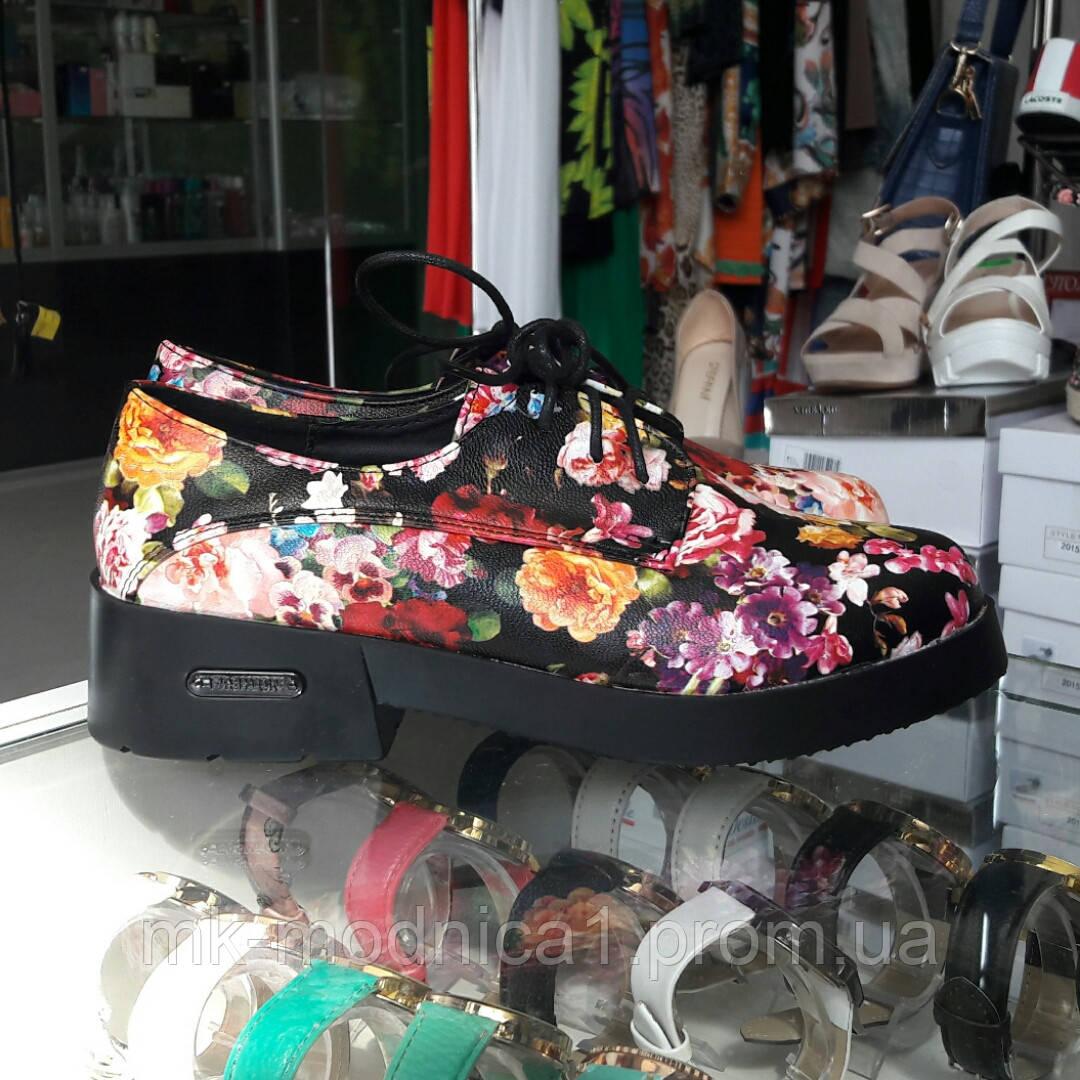 Женские туфли цветы