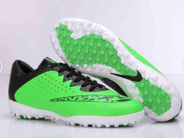 Футбольные сороконожки Nike Elastico TF Green Grass