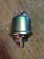Датчик давления масла к погрузчикам Case 821, 821B Cummins 6CTA8.3