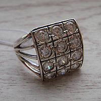 Серебряное кольцо с прозрачными фианитами, 12 камней