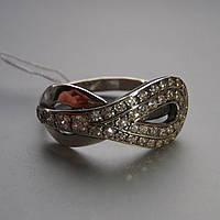 Серебряное кольцо Бесконечность со вставками из прозрачного фианита, 42 камня