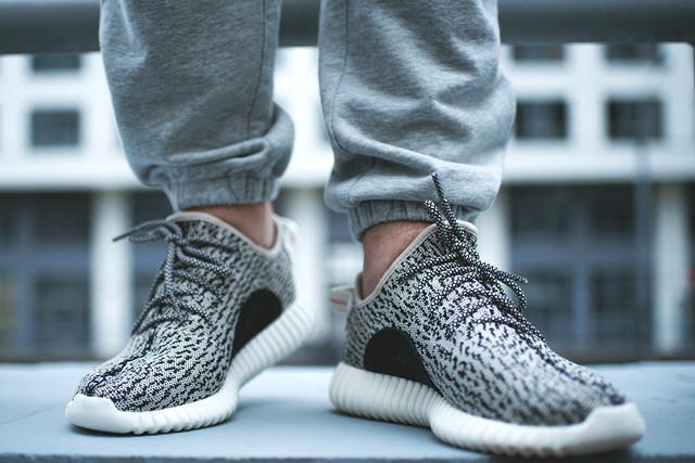 Мужские кроссовки Adidas Yeezy Boost (41-46). Оригинальное качество. Лаконичный дизайн. Купить. Код: КТМ377