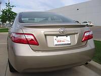Спойлер на Toyota Camry 40