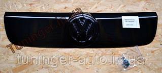 Зимняя накладка на решетку радиатора Volkswagen Transporter T-5 2003-2010гг.