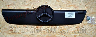 Зимняя накладка на решетку радиатора Mercedes-Benz Sprinter CDI 2003-2006гг.