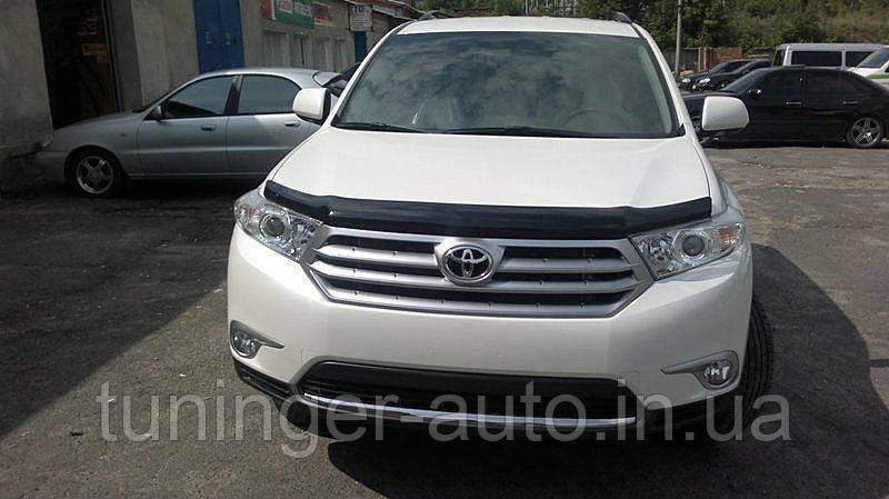 Мухобойка,дифлектор капота Toyota Highlander 2010-2013 (Sim)