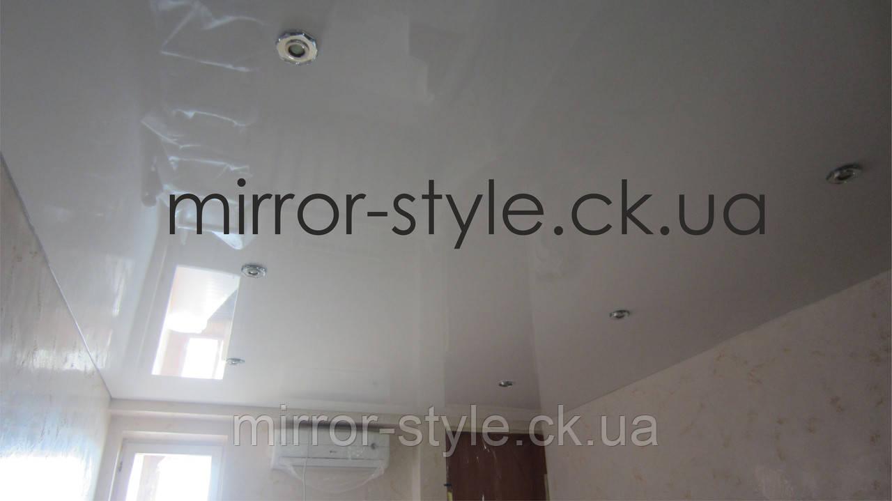 Монтаж - натяжные потолки  в прихожей цена - Черкассы