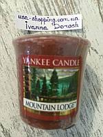 """Аромосвеча """"Домик в горах"""" Yankee Candle"""