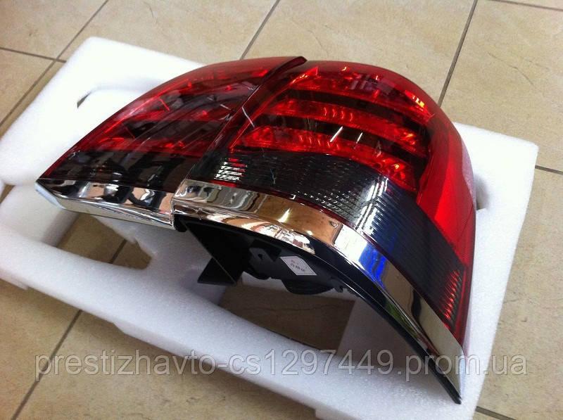 Задние диодные фонари на Toyota Land Cruiser 200 (Стиль Lexus LX570)