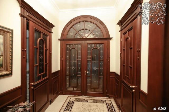 Витражи в распашные двери с аркой