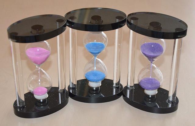 Стеклянные песочные часы
