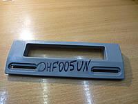 Ручка    пластмассовая универсальная  серая  (крепление от 113 до 166 мм) DHF005UN