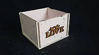 Розовый ящик-кашпо (фанера) 13х13х9 см, 125/95 (цена за 1 шт. + 30 гр.)