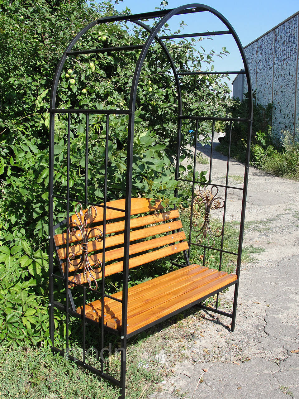 Садовая арка-скамейка  (120х210 см)