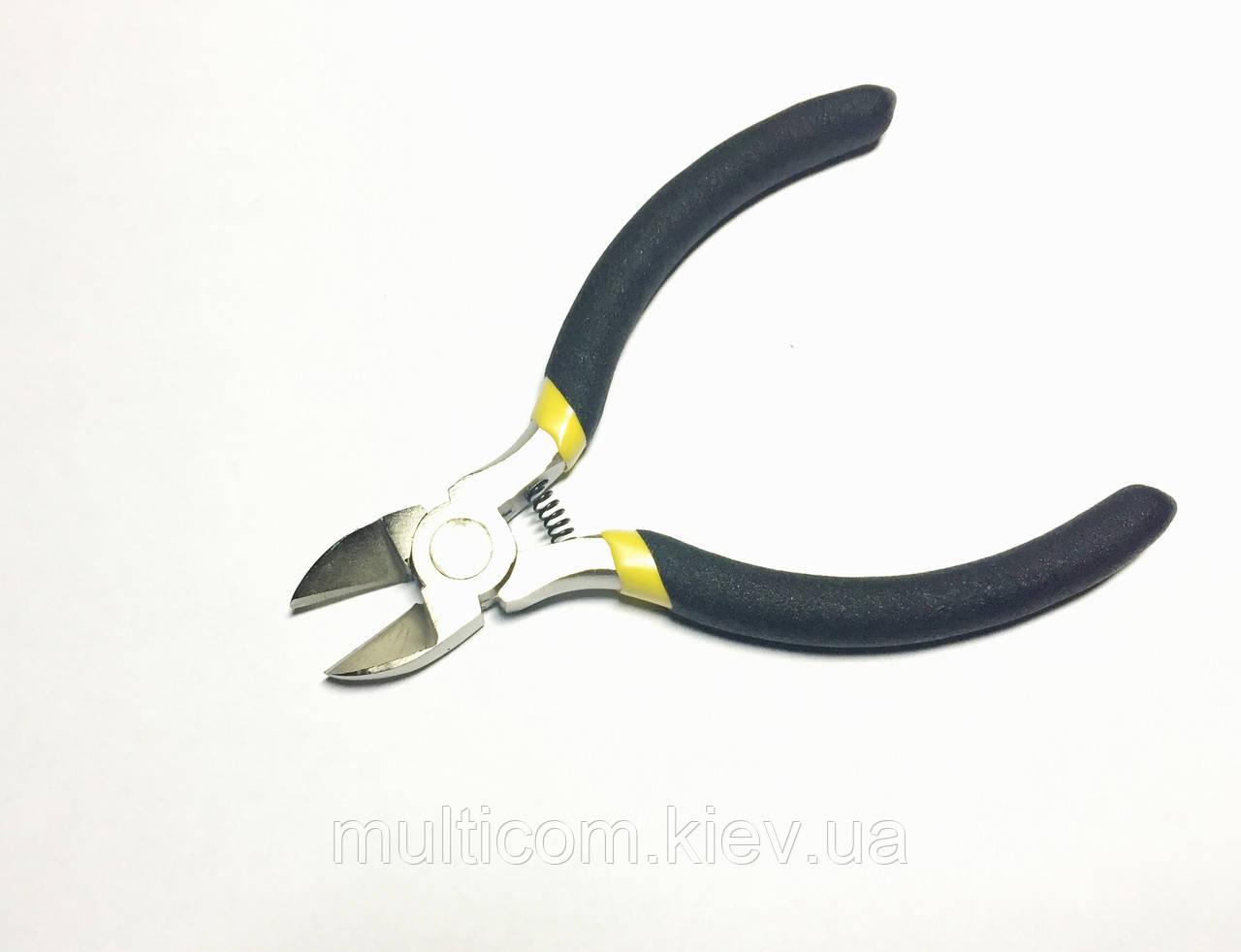 12-08-005. Кусачки ферроникеливые боковые, прорезиненые ручки R'Deer, 98-512
