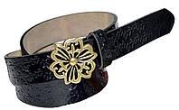 Ремень женский узкий лаковый, пряжка кнопочная в форме цветка (цвета: черный, красный, синий, оранжевый)