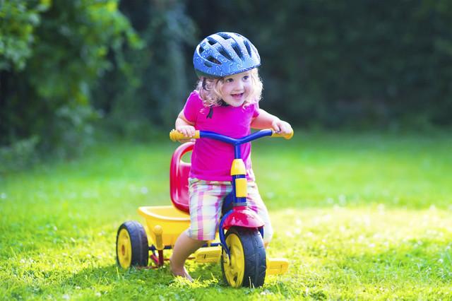 Трехколесные велосипеды детские с родительской ручкой и без