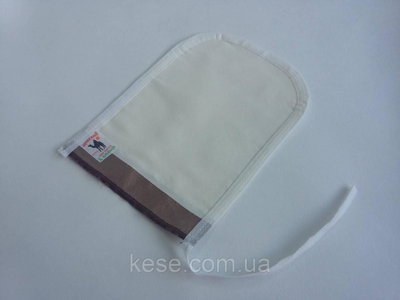 Рукавица кесе для пилинга (мягкой текстуры).