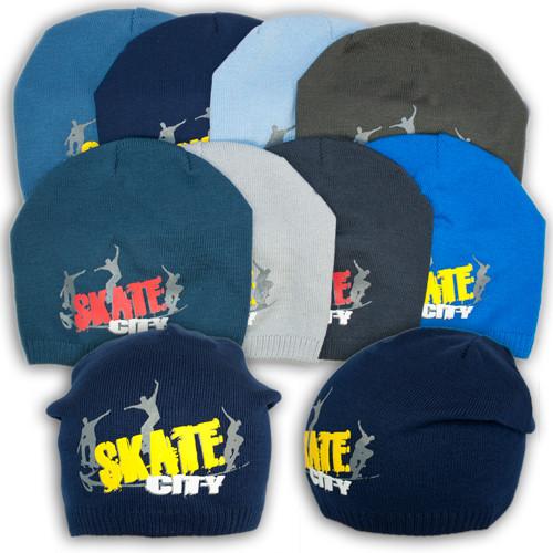 """Вязаная шапка для мальчика с принтом """"Skate City"""""""