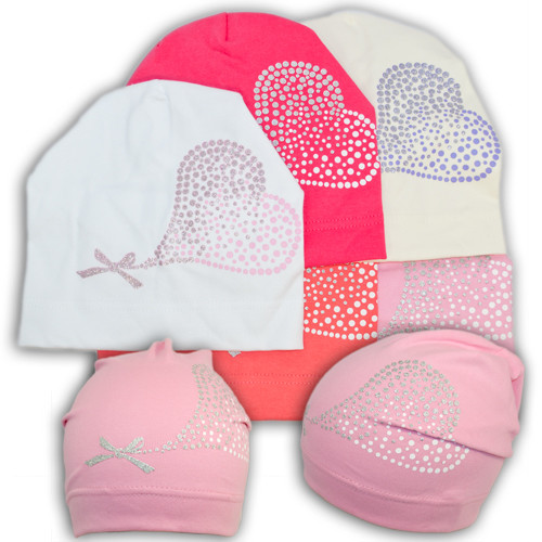 Трикотажная шапка для девочки с принтом