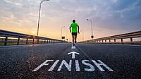 Когда бежишь марафон, на последних метрах голова занята исключительно мыслями о том, как бы скорее добежать до финиша, чтобы все это наконец закончилось. Ни о чем другом уже не думаешь. Харуки Мураками