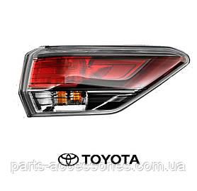 Toyota Highlander 2014-16 задний правый фонарь в крыло новый оригинал