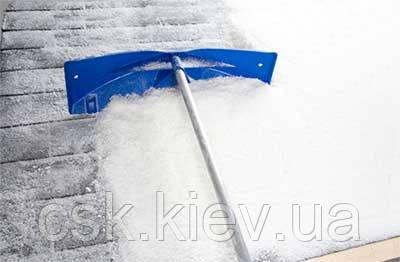 Очистка кровли от снега, фото 1
