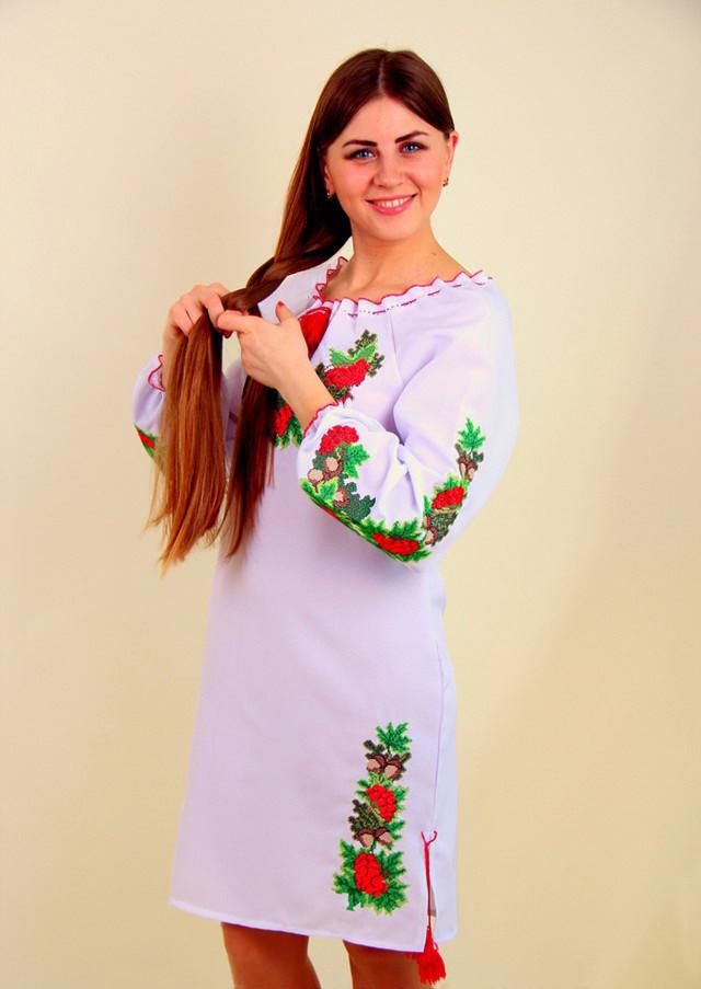 Платье вышитое крестиком