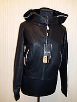 """Куртка женская из искусственной кожи. Производство Китай. Цвет """"черный""""."""