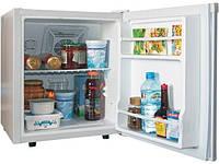 Небольшой холодильник Electro-Line BC 42A