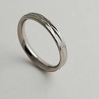 Женское обручальное кольцо из титана от WickerRing