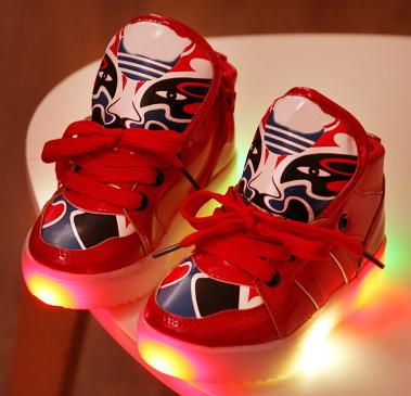 Освітлене спортивне взуття для дівчаток та хлопчиків   продажа 4a0e6b823208d