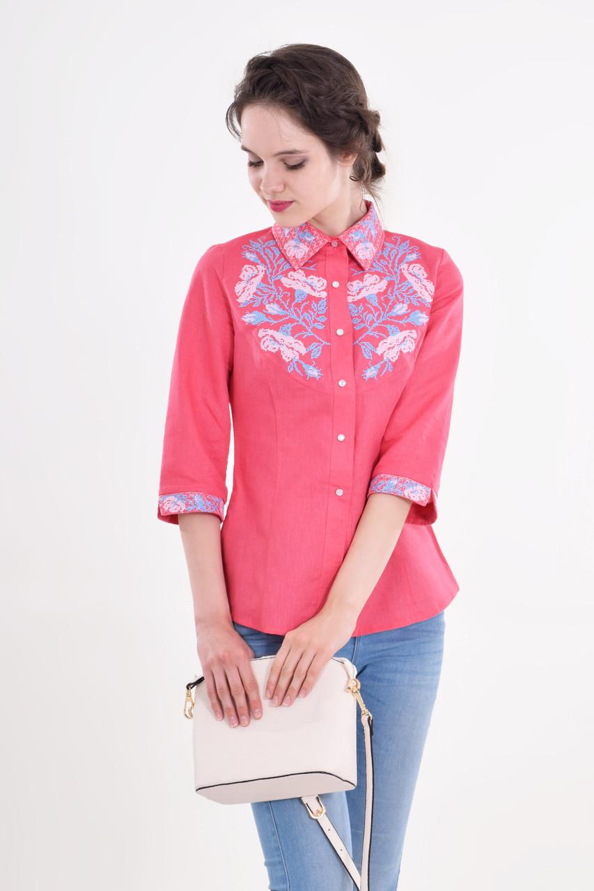 Стильная  вышитая рубашка женская из льна с розово-голубой вышивкой