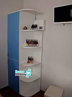 Шкаф с радиусными полочками