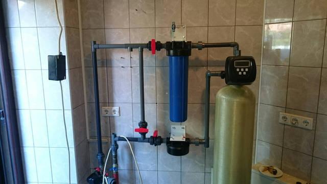 Установка фильтра предочиски, угольного фильтра и комплексной системы с управляющим клапаном