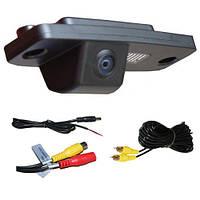 Штатная видеокамера в плафон подсветки для KIA MOHAVE Borrego