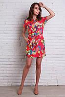 Модное шифоновое платье в малиновом цвете с ярким рисунком