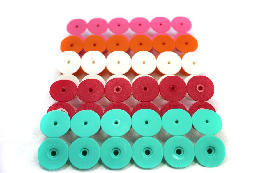 Ушные бирки круглие диаметром 28,5 мм, без номера