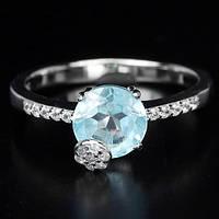 Нежное Кольцо с натуральным Небесно-голубым ТОПАЗОМ и фианитами