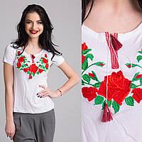 Женская вышитая футболка Роза