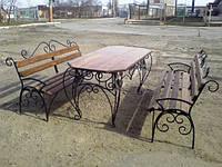 Стол и скамейки
