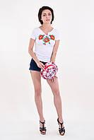 Отличная женская футболка вышиванка в белом цвете с красными маками