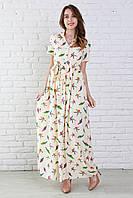 Модное молодежное платье из штапеля с рисунком молочного цвета