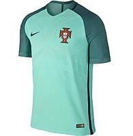 Футбольная форма Португалии, выездная