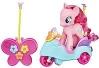 Пони Пинки Пай 15 см на скутере зо звуком на управлении My Little Pony Pinkie Pie RC Scooter