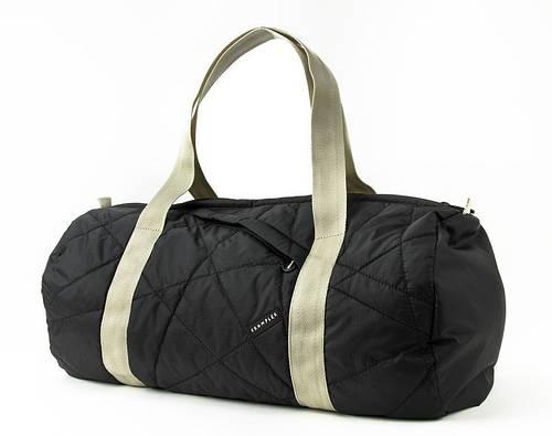 Актуальная дорожная сумка 26,5 л. Duffel S Crumpler DOD-S-001 черный